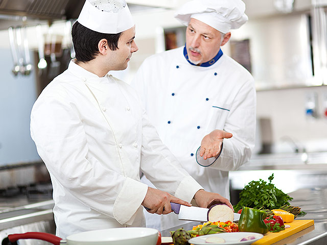 повар помошник повора кух рабочий посудомойщица адлере заседания Межведомственного координационного